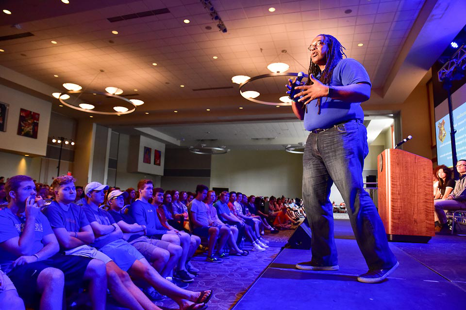 Jonathan Smith speaks to incoming students during Welcome Week.