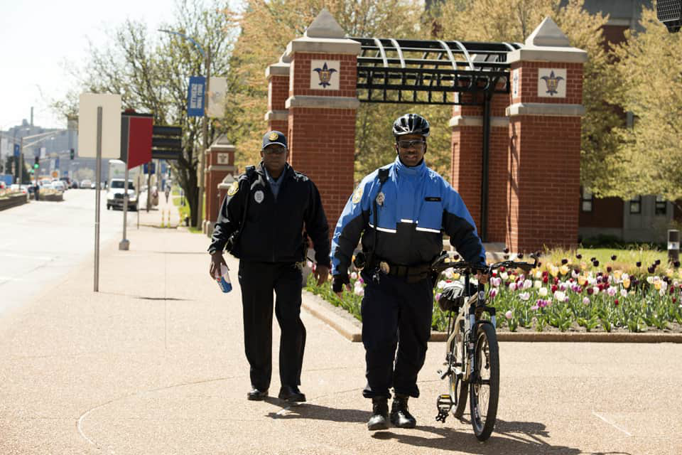 bicycle officer